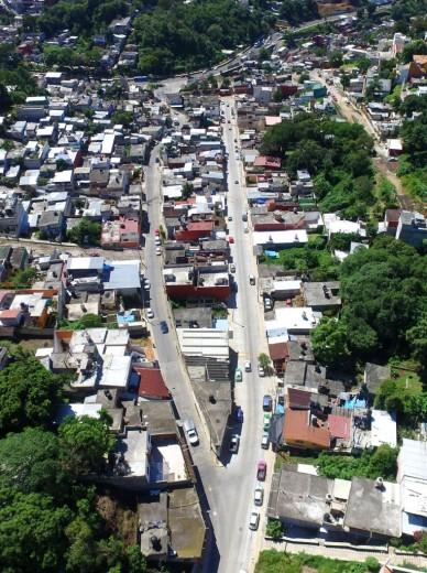 La pavimentación  de las calles Argentina y Matamoros, en las colonias Reforma y Benito Juárez,  obras  de gran impacto social que benefician a a los miles de jalapeños que transitan por ellas y que intercomunican a las carreteras nueva y antigua a Coatepec.