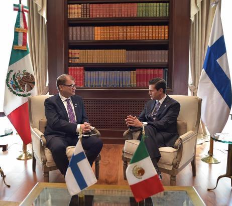 Ciudad de México.- El primer ministro de Finlandia, Juha Sipilä y el presidente Enrique Peña Nieto, en la residencia de Los Pinos.